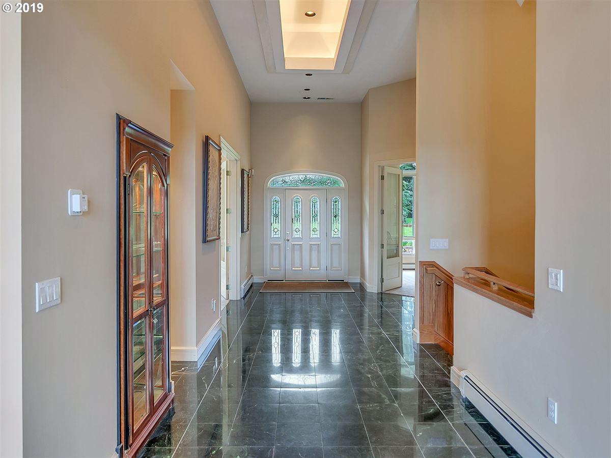 Luxury real estate Gorgeous custom home on rare close-in acreage