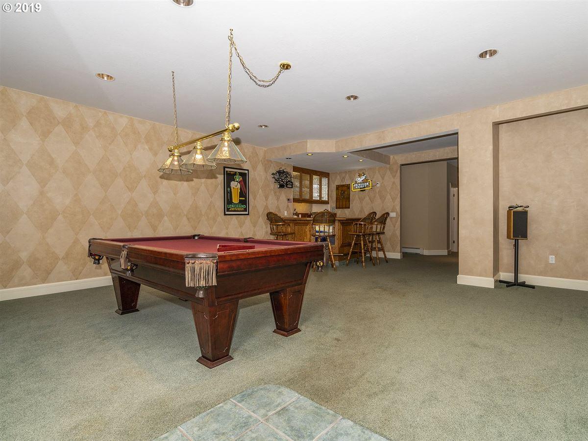Gorgeous custom home on rare close-in acreage luxury real estate