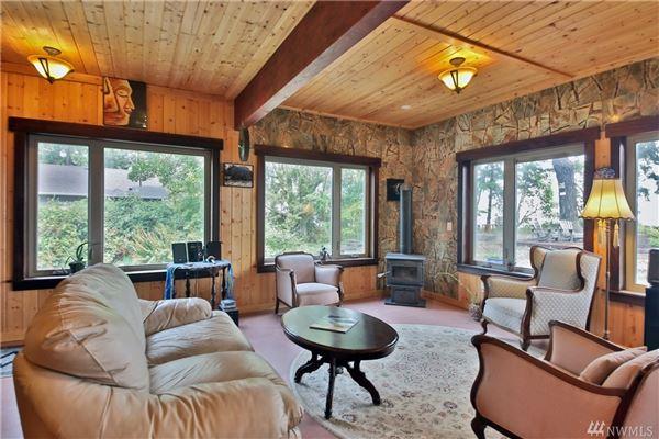 Luxury homes perfect island retreat