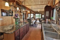 perfect island retreat luxury homes