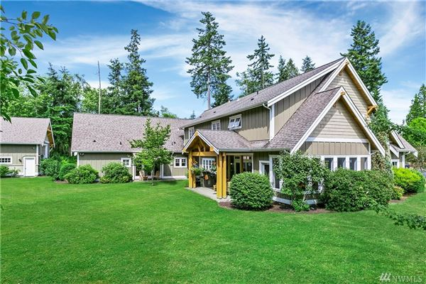 Mansions Exceptional Northwest Craftsman home