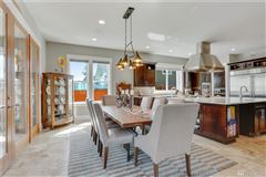 Breathtaking Lake Tapps Waterfront Home mansions