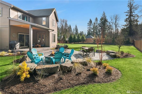 Exceptional opportunity in maple valley mansions