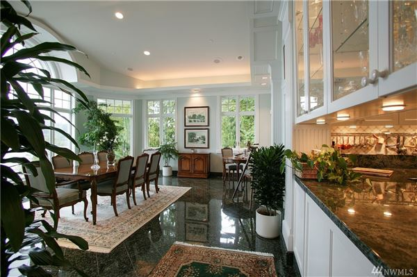 Spectacular Custom Waterfront Home luxury homes