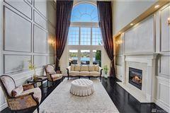 Mansions in breathtaking views of lake washington
