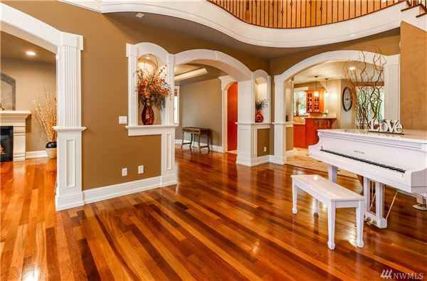 Luxury real estate Custom luxury home in ideal location