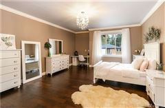 Mansions Custom luxury home in ideal location