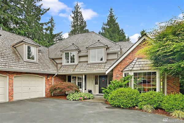 Mansions Nicely remodeled in desirable Hunters Glen