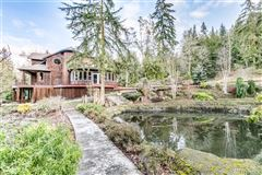 Contemporary Northwest inspired dream home mansions