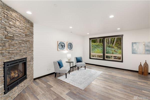 Luxury properties a Stunning new construction