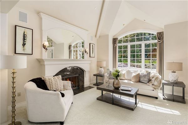 a very special COUNTRY estate luxury homes