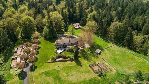 a very special COUNTRY estate luxury real estate