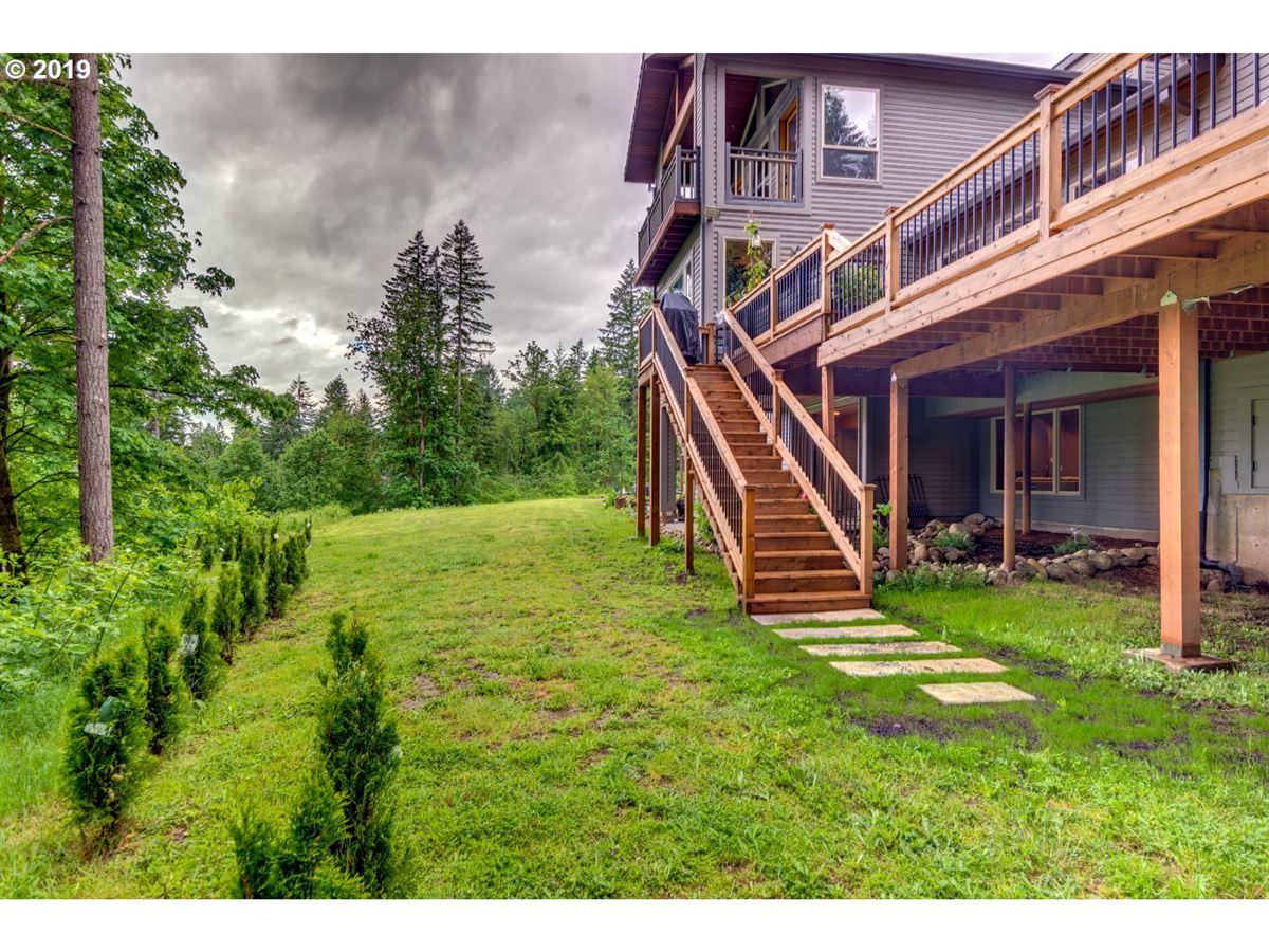 Mansions in gorgeous 10-plus acre estate