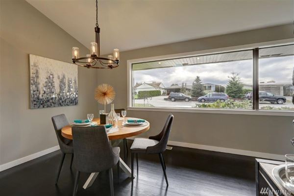 Beautiful remodeled mid-century home luxury real estate