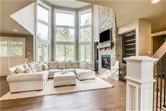 Enjoy Living Life Majestically luxury homes