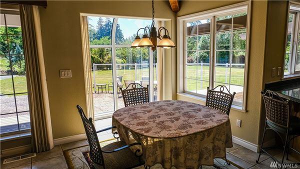 Luxury homes exquisite Private estate on twolevel acres
