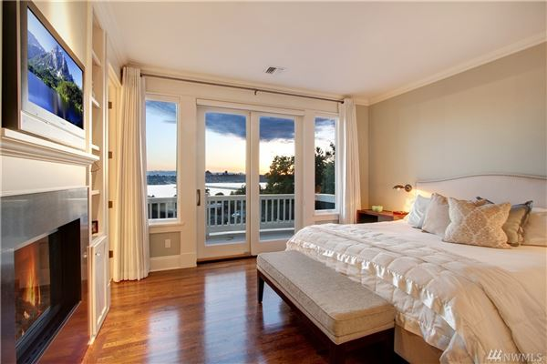 AMAZING western views of Seattle mansions