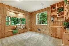Luxury real estate spacious home in issaquah