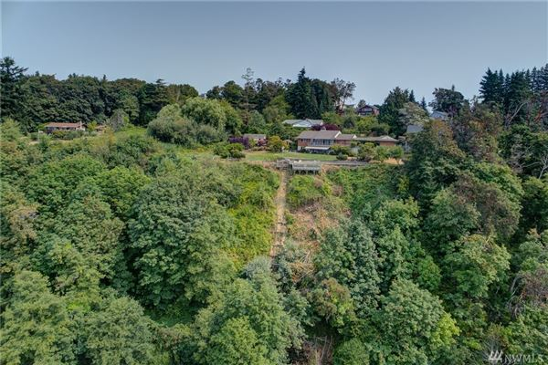 Fantastic views of Puget Sound luxury real estate