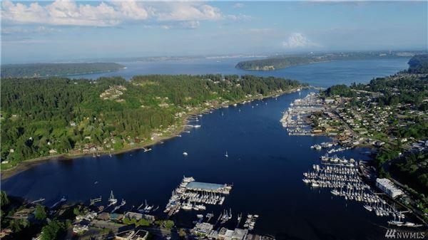 Mansions a Premier Gig Harbor Bay location