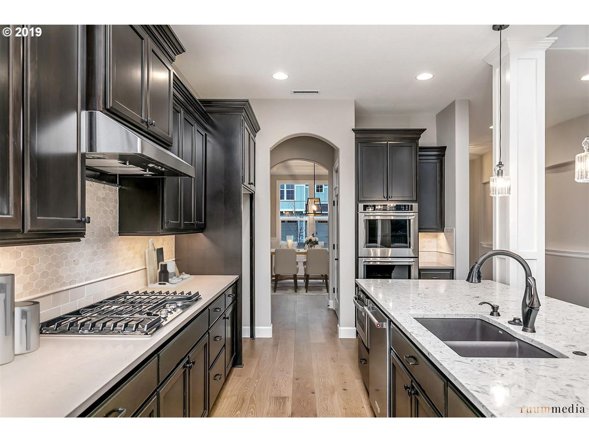 Luxury homes new construction beauty