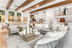 Luxury homes in new custom home in the heart of Clyde Hill