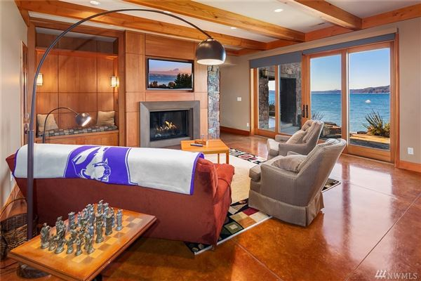 perfect beach house luxury real estate