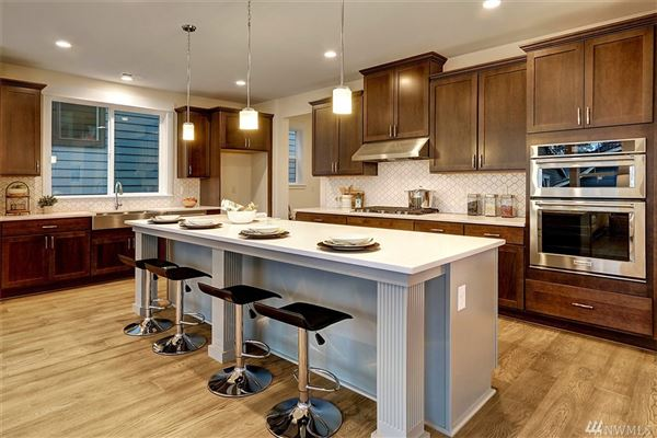 Luxury homes The SHERMAN in Canterbury Park