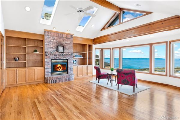 Incredible home features gorgeous unobstructed views luxury homes