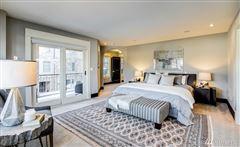 Luxury properties Distinctive townhouse