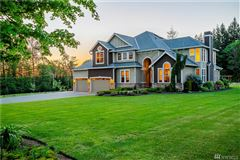 a fantastic blend of Country and Luxury mansions