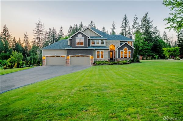 a fantastic blend of Country and Luxury luxury properties