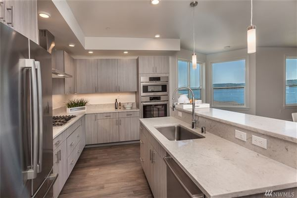Luxury real estate Waterfront Bliss