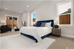 new Northwest Contemporary in Edgewood Estates luxury homes