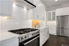 Mansions new Northwest Contemporary in Edgewood Estates