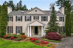 Luxury homes in timeless colonial in Highland Creek Estates