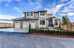 Luxurious grand entry home mansions