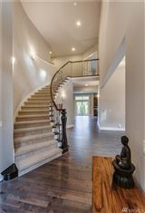 Mansions in Luxurious grand entry home