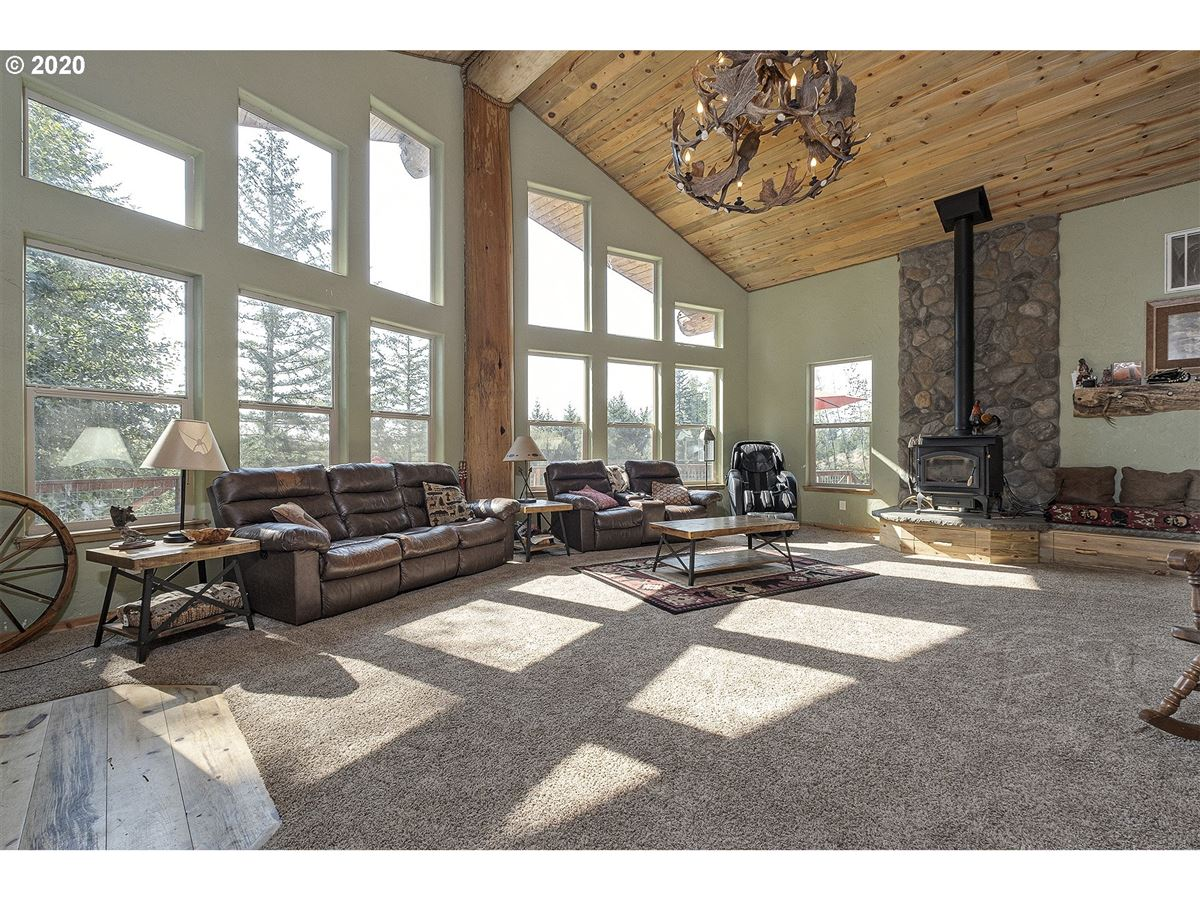 Gorgeous one of a kind custom built home on over 20 acres luxury real estate