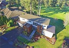 home on the 14th fairway of Inglewood Golf Club luxury real estate