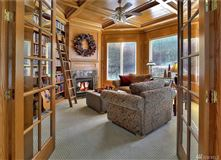 Luxury properties Custom 12,500SF Hood Canal Estate