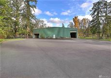 Luxury properties a 20 acre equestrian property