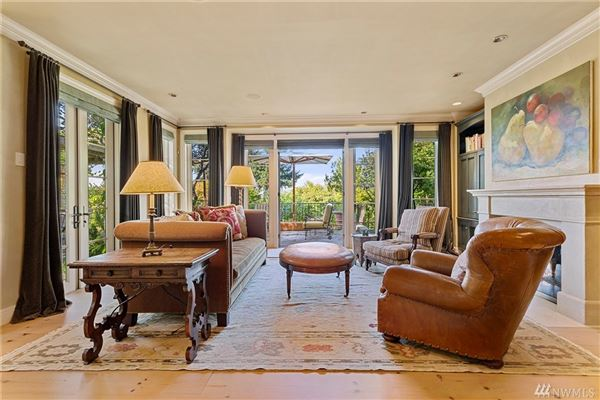 timeless elegance with state-of-the-art features luxury homes