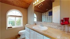fantastic sound and mountain views luxury real estate