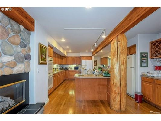 a beatfully appointed country estate luxury real estate