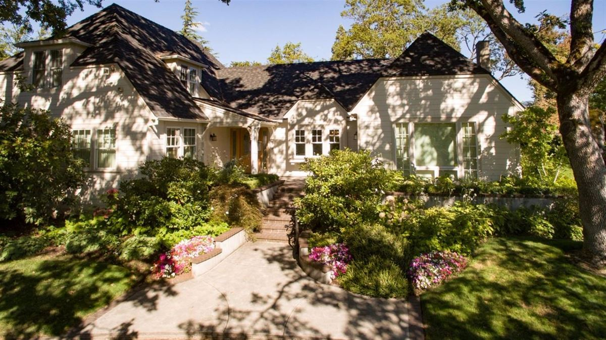 Classic Home In Old East Medford Oregon Luxury Homes Mansions