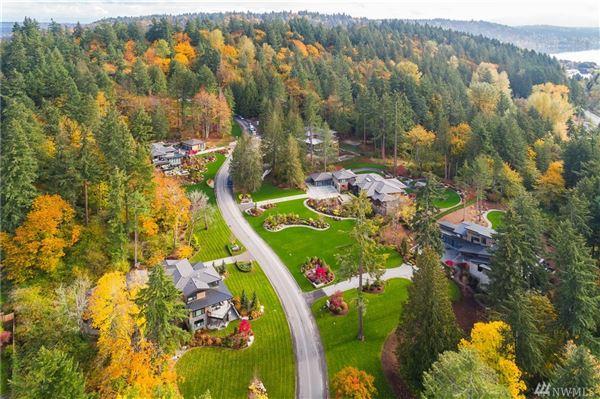 luxury living in Sammamish Ridge Estates mansions