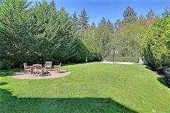 spacious home on a quiet cul-de-sac in West Hill luxury real estate