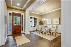 Luxury homes in The Sycamore in Sammamish Estates