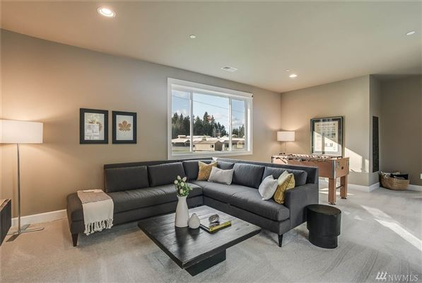 The Sycamore in Sammamish Estates luxury real estate